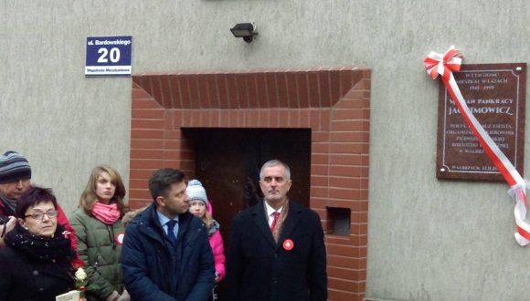 Odsłonięcie tablicy Mariana Jachimowicza wWałbrzychu