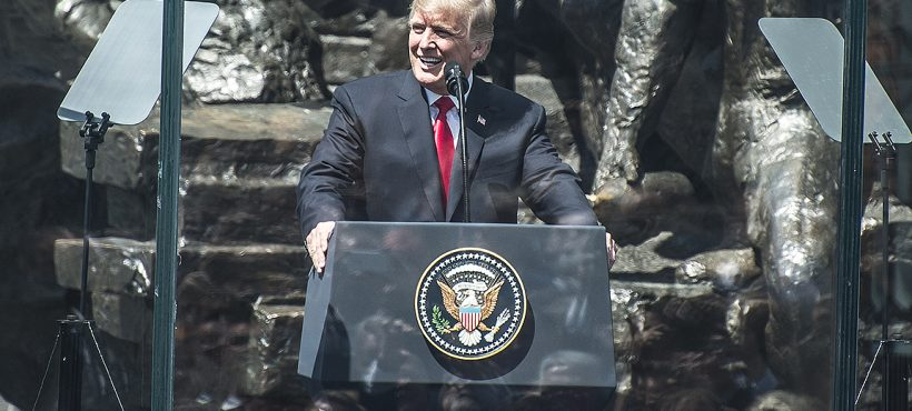 Ponad 200 osób zokręgu wałbrzyskiego nawystąpieniu Prezydenta USA Donalda Trumpa