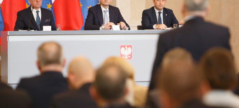 Spotkanie Premiera Mateusza Morawieckiego zAmbasadorami RP wKancelarii Premiera: 02.07.2018